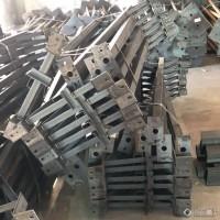 加工养猪场立柱 横梁 提供镀锌养猪场立柱 盈浩钢铁图片