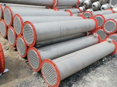 不锈钢列管冷凝器 列管冷凝器 板式换热器 钛材冷凝器 换热器